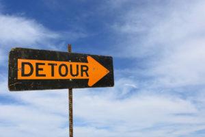 英語で「回り道をする」は、make a detour!